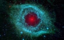 Comets Kick up Dust in Helix Nebula - Space
