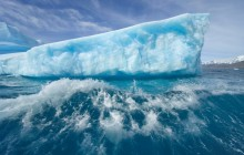 Massive Iceberg Melting Rapidly Due to Rising Temperatures - Antarctica