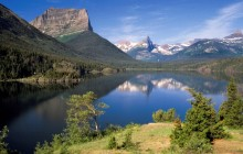 Sun Point View of Saint Mary´s Lake - Montana