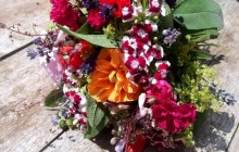 Bucket of flowers wallpaper - Bouquets