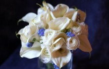 Calla lilies and muscari bouquet - Bouquets