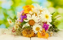 Flower bouquet wallpaper