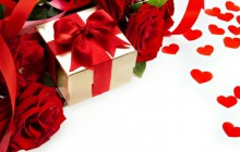 Roses and gift - Roses